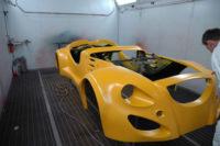 žlutý autolak